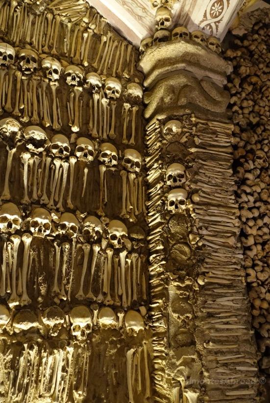 Bone Chapel (3) Almontes Abroad
